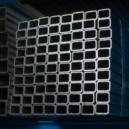 Rectangular and square hollow steel sections